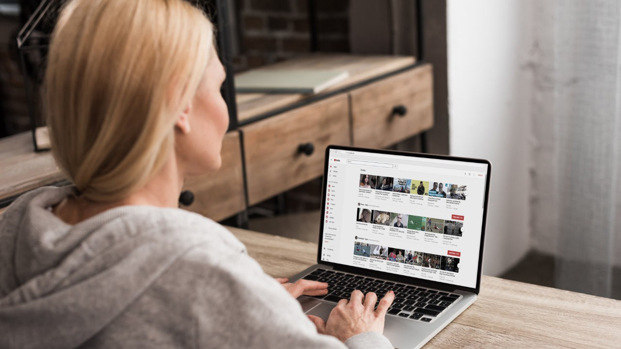 Read more about the article The Ultimate Google My Business Video Guide
